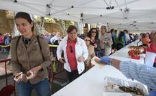 La Cofradía del Pez repartirá 30.000 raciones de pan, pez y vino en San Bernabé