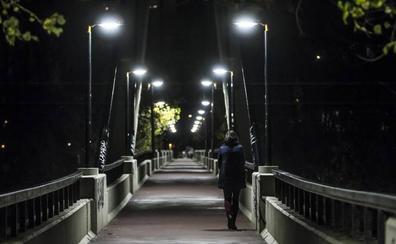 La Policía investiga la agresión sexual a una peregrina en el parque del Ebro