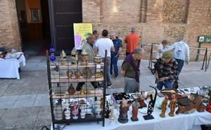El Casco Antiguo celebró ayer el rastro en San Francisco y prepara su gala