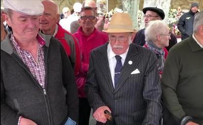 La jota de Victoriano Cuadra, 50 años seguidos en primera línea