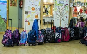 Profesores y padres dan un golpe en la mesa para exigir una nueva política de becas