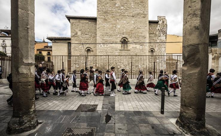 Los banderazos y la procesión de San Bernabé
