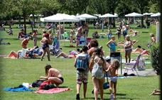 Las piscinas de Logroño inauguran el verano este sábado