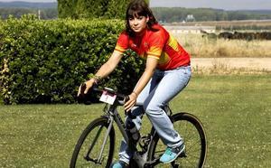 Una caída en la última vuelta deja sin opciones de disputar el triunfo a Sheyla Gutiérrez