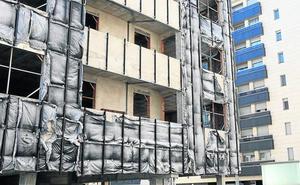 La Sareb construirá las 84 viviendas junto a la estación del tren que paralizó hace seis años