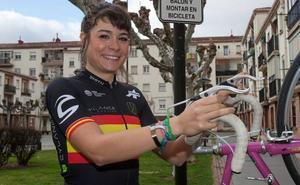 Sheyla Gutiérrez sobrevive a las caídas y es 14ª en el 'Women's Tour'