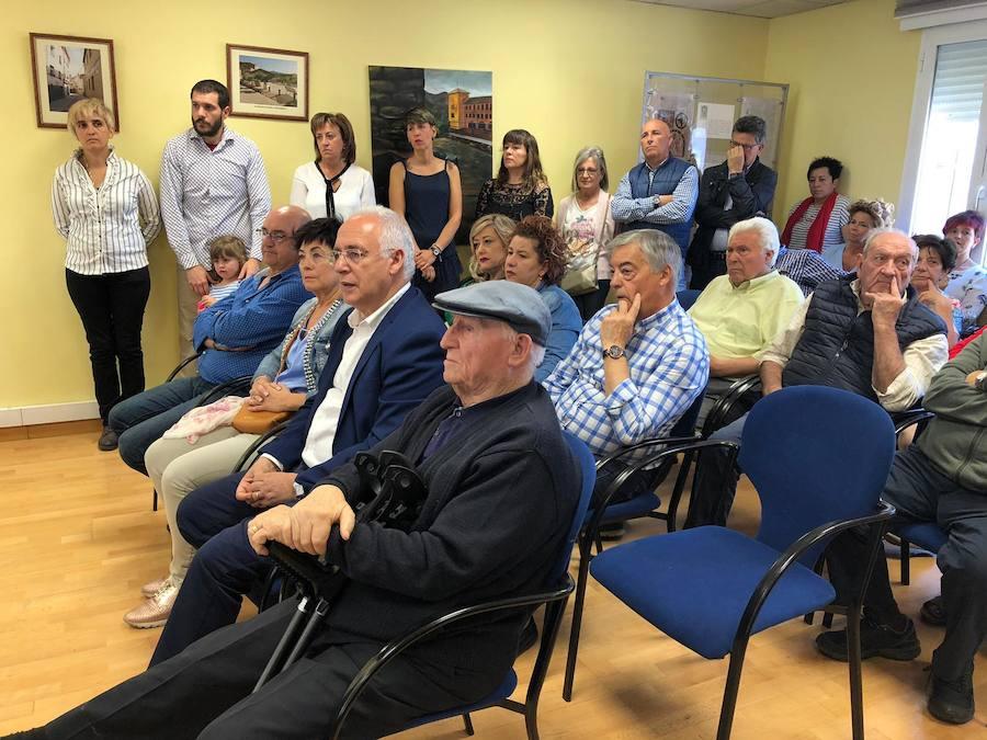Ceniceros acude a la toma de posesión de la alcaldesa de Albelda, imputada en un caso de presunta prevaricación