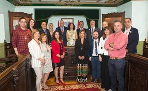 Laura Rivado renueva como alcaldesa jarrera