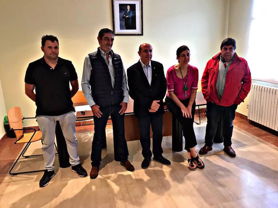 Vicente Urquía ya es alcalde de Ábalos