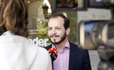 Cs acusa al PSOE de «negociar a oscuras» sillones con Unidas Podemos