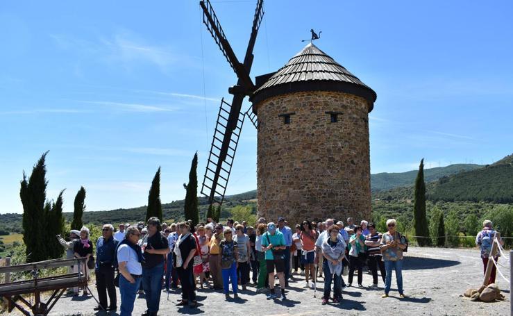 XXVIII encuentro de asociaciones culturales de La Rioja y I encuentro de patchwork en Ocón
