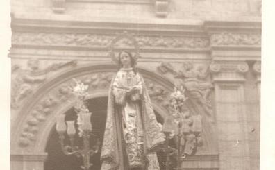 La Retina: procesión de la parroquia de Santa Ana de Cervera
