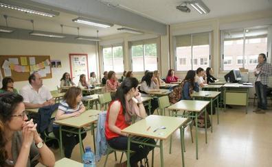 CCOO reprocha la tardanza en publicar el formato de la oposición a maestros