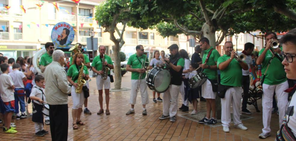 La A.D. Fuenmayor prende la mecha del cohete por las fiestas de San Juan