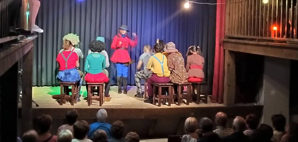 'Nueva Ópera Pánica', con la compañía TroUPe en el teatro de Canales