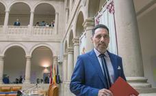 García compaginará la Presidencia del Parlamento con la Concejalía de Urbanismo