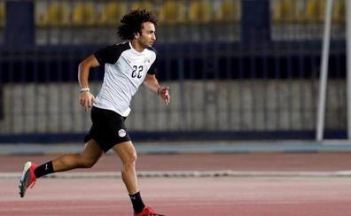 El perdón al futbolista acusado de acoso sexual divide a Egipto