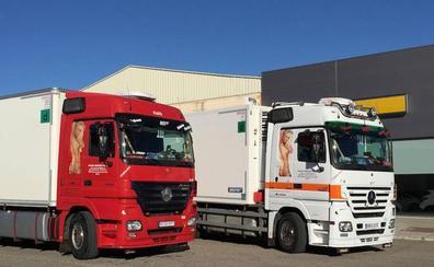 Un juzgado obliga a una empresa de transportes a eliminar de sus camiones la imagen de una mujer desnuda