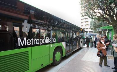 Los autobuses metropolitanos cambian su horario hasta final de agosto