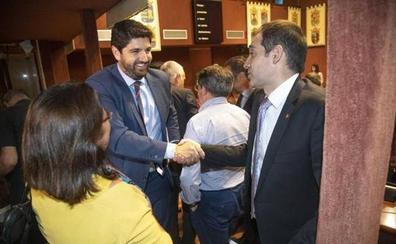 Vox tumba la investidura del candidato del PP en Murcia y culpa a la dirección de Rivera