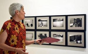 La exposición 'El mundo fluye' en el Ayuntamiento logroñés