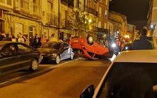 Un hombre de Haro de 34 años sufre un accidente al volcar su coche en la calle La Ventilla