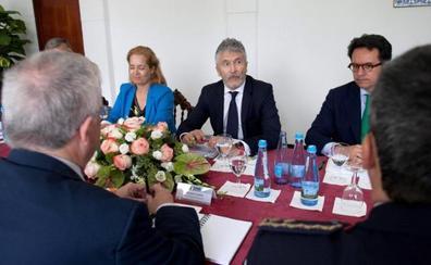 Ciudadanos, PP y Vox elevan la presión para que dimita Marlaska