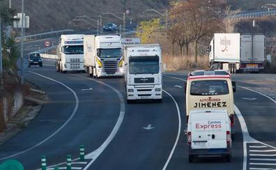 ATRADIS asegura que es «falso» que los camiones pueden volver a la N-232