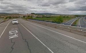 Una mujer herida al salirse un coche por el atropello a un jabalí en Navarrete