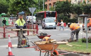 El barrio de La Estrella, inmerso en las obras para hacer urbana la calle Piqueras