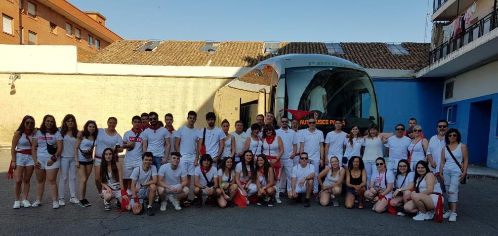 IU fleta un nuevo autobús para San Fermín