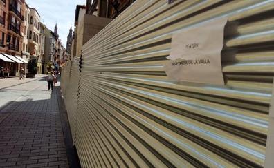 La Guindilla: una valla en mal estado en Portales