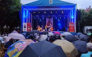 La lluvia no aguó el jazz en Ezcaray