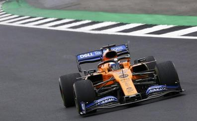 Sainz usó «todo lo que tenía» para aguantar a Ricciardo