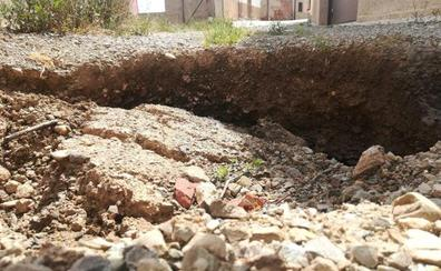 La Guindilla: Una calle destrozada en Entrena