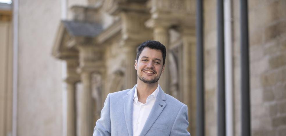 El Parlamento de La Rioja designa el lunes senador autonómico al socialista Raúl Díaz