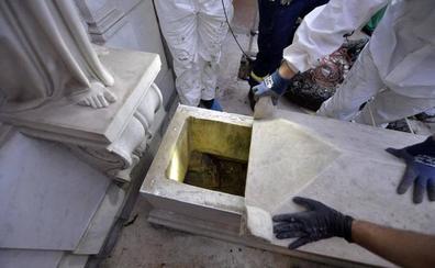 Abren dos osarios en el Vaticano con la esperanza de desentrañar el caso Orlandi