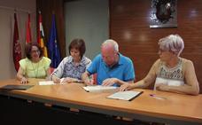 El Ayuntamiento aporta 17.000 euros para el personal del centro del alzheimer