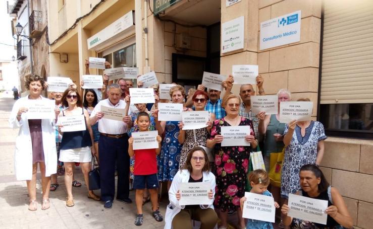 Continúan las protestas en los centros de salud riojanos en defensa de la Atención Primaria