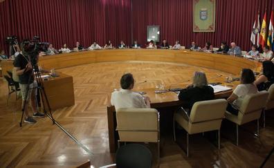 Lo que los 27 concejales del Ayuntamiento de Logroño dicen tener