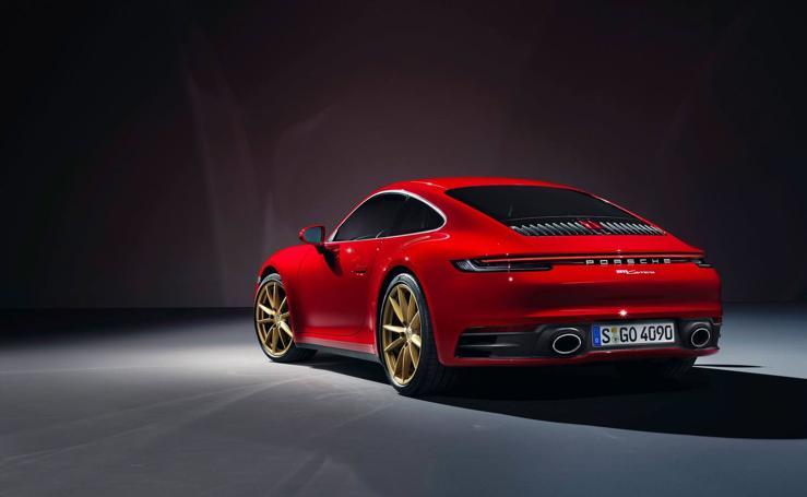 Selección de fotos de los nuevos Porsche 911 Carrera con carrocería cupé y cabrio