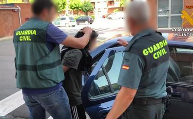 Dos personas detenidas por intentar asesinar a un joven en Villamediana