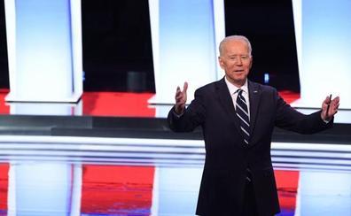 Joe Biden sale en pie de su siguiente duelo, debilitado en los debates