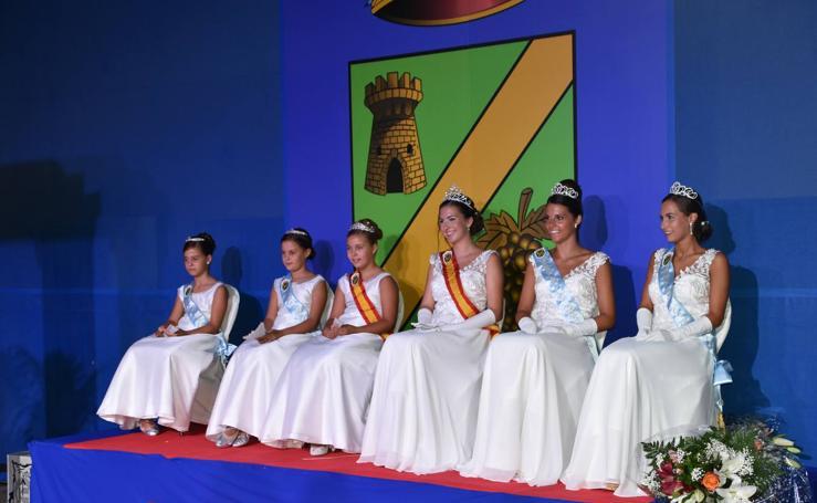 La coronación de las reinas de las fiestas de Rincón de Soto