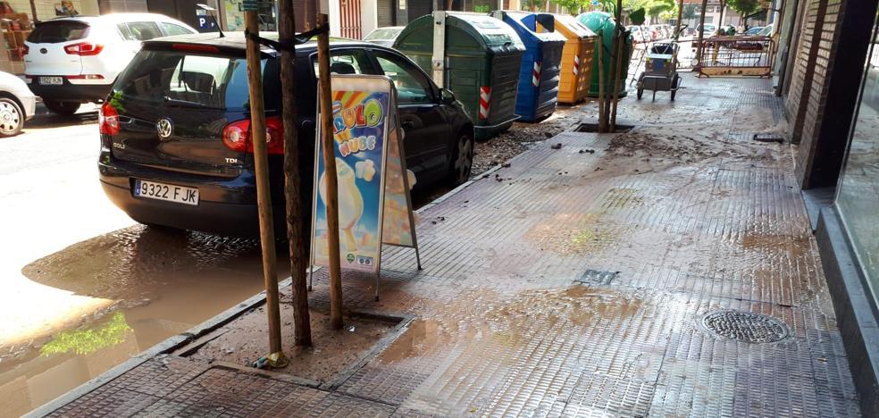 Nueva rotura de tubería en la calle Vitoria