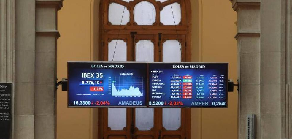 El Ibex-35 cae a mínimos del año por la elevada tensión en la guerra de aranceles