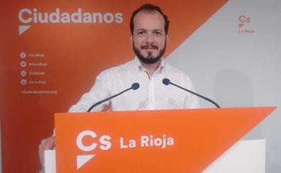 Cs acusa a Andreu de preferir irse de vacaciones antes que buscar un acuerdo de gobierno
