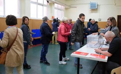 Recogen firmas por la 'No repetición de elecciones en La Rioja'
