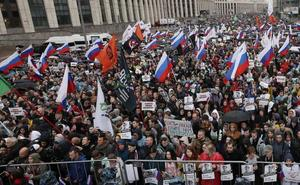 La oposición reúne en Moscú a decenas de miles de personas para reclamar elecciones libres