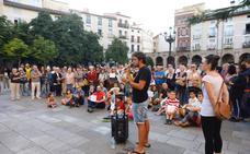 Concentración en la plaza del Mercado para reclamar «un puerto seguro» para el Open Arms